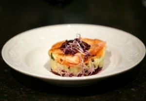 Saumon aux betteraves et au chou rouge