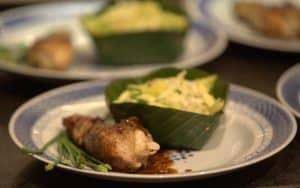 Pilons de poulet à la cannelle et salade vietnamienne