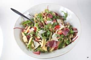 Salade de pâtes artichauts et bresaola