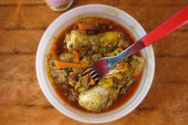 Curry léger de poulet à la citronnelle