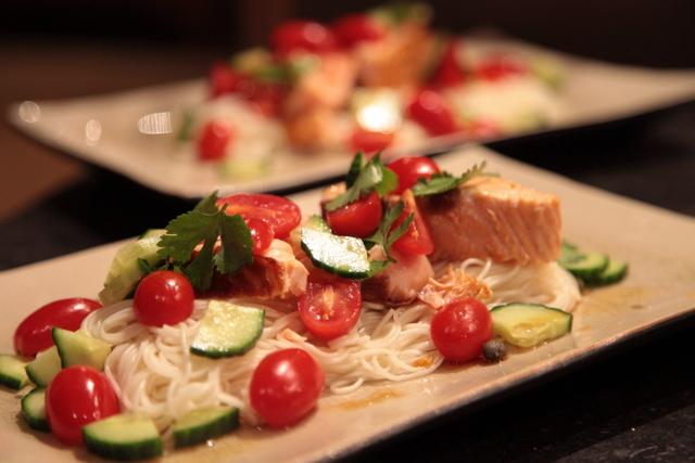 nouilles somen et saumon grillé