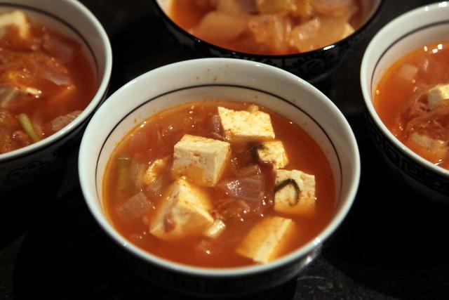 Soupe au kimchi et au thon