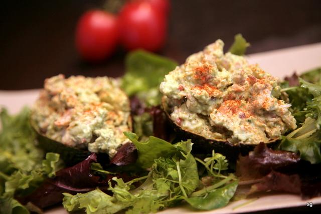 Avocats au crabe et aux crevettes