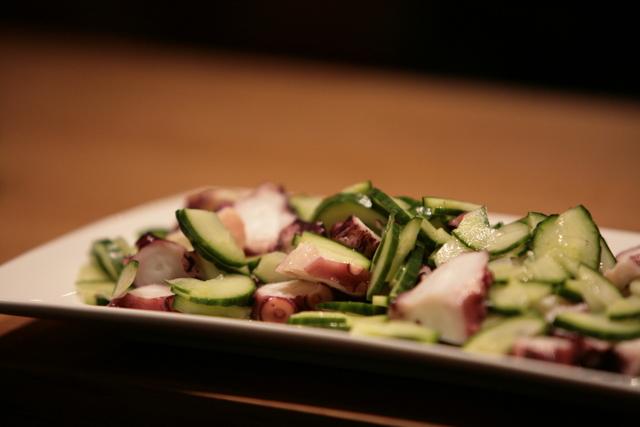 Salade japonaise au poulpe et concombre