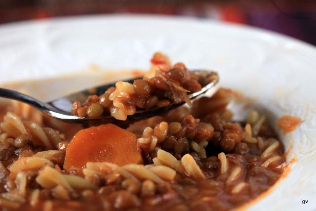 Soupe aux pâtes et lentilles