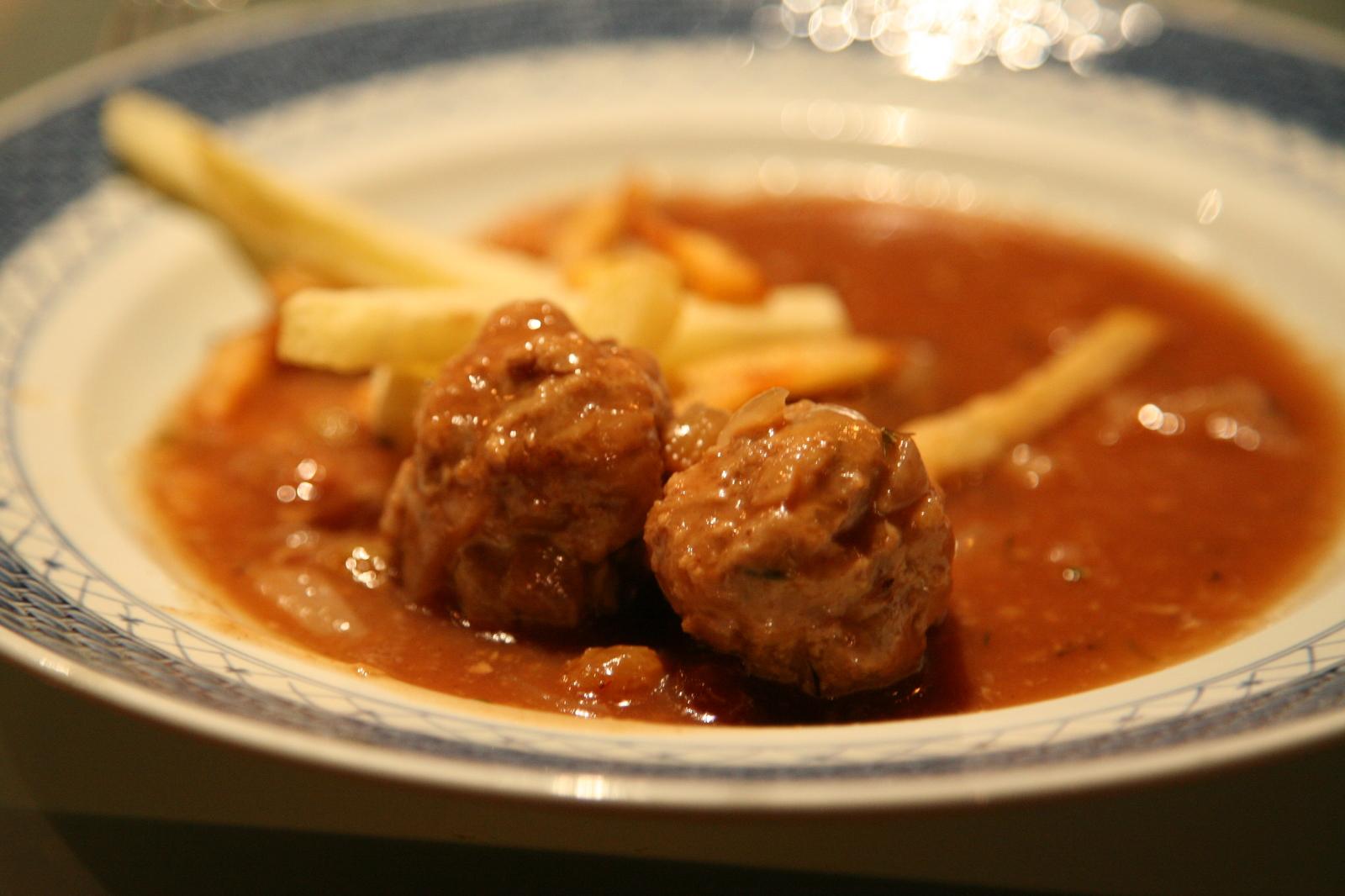 Boulets sauce lapin